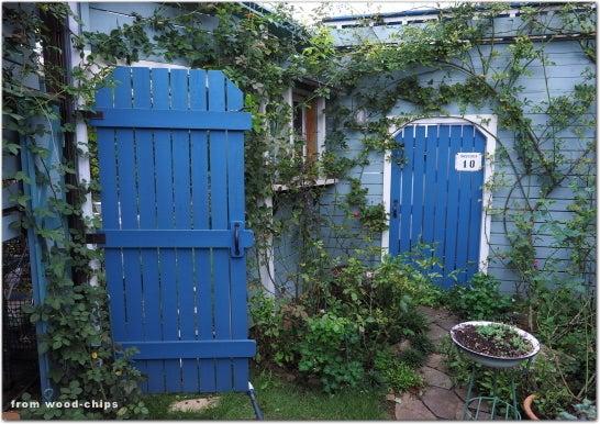 バラの庭 ガーデンゲート