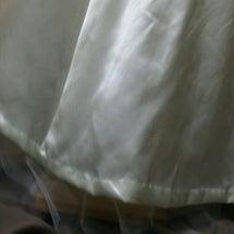 ウェディングドレスへ…