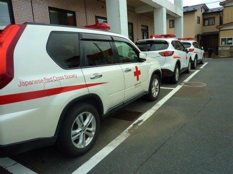 八戸献血ルーム献血輸送車