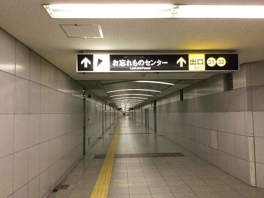 共通(3)32番出口への通路-3