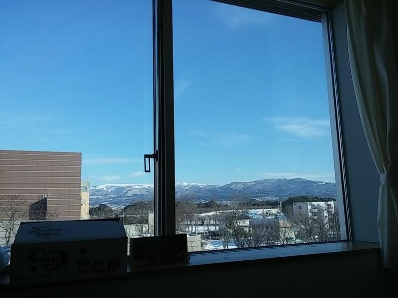 病室の窓より