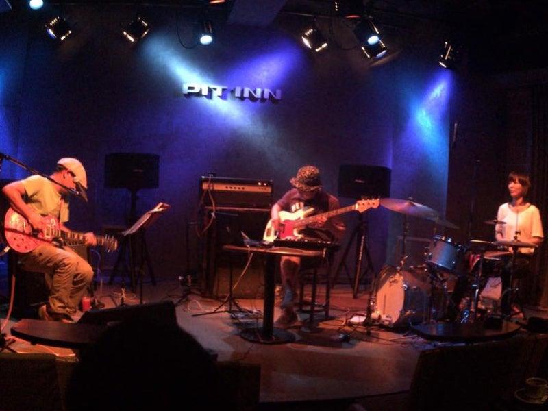 TNT 山田あずさ(Drums)
