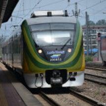 O-train&V-…