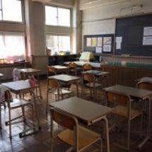 高校生の机。