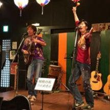 犬山 昭和横丁で歌っ…