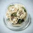 白いバラとカスミソウ…