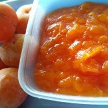 柿で蒸しパン作りにハ…