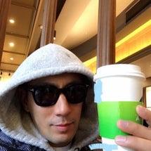 コーヒーショップへ