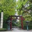 根津神社にお詣りへ