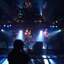 Az Live @7…