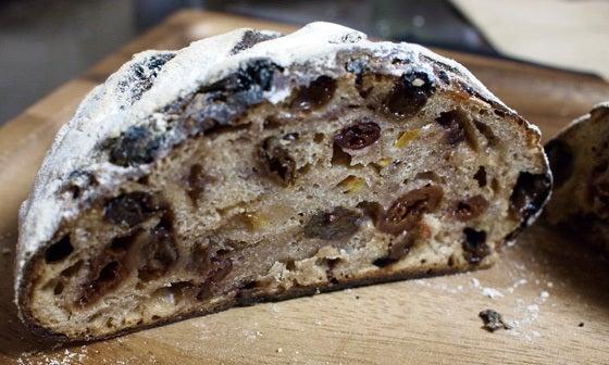 自家製天然酵母パン教室に行ってきました!☆レーズン種コースの高加水・低温長時間発酵の「カンパーニュ フリュイ」