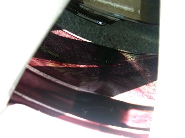 鉄粉クリーナーに反応したホイールのブレーキ汚れ
