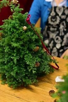 クリスマスツリーアレンジメントレッスン東京銀座
