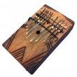 アフリカの楽器「カリ…