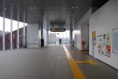 袖ヶ浦駅エレベーター付近