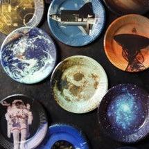 宇宙が紙皿になった!…