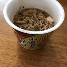 エースコックカップ麺…