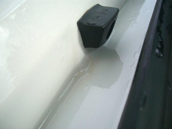 水垢汚れが溜まりやすいトランクの内側もスッキリ