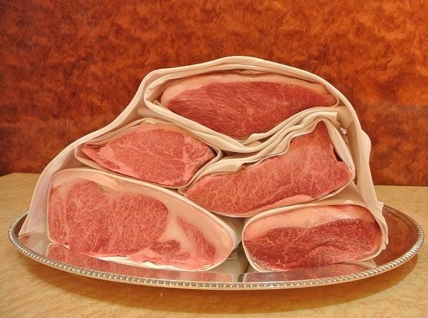 日本橋ウェスタ 三田牛肉塊