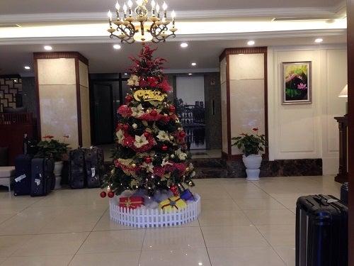 ハノイ ベトナム クリスマスツリー