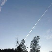 空、、、飛行機雲