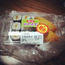 母は寿司を買ってしま…