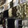 実店舗の毛皮コーナー…