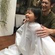 娘、初めての後ろ髪を…