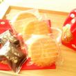 和柄巾着のお菓子詰め…