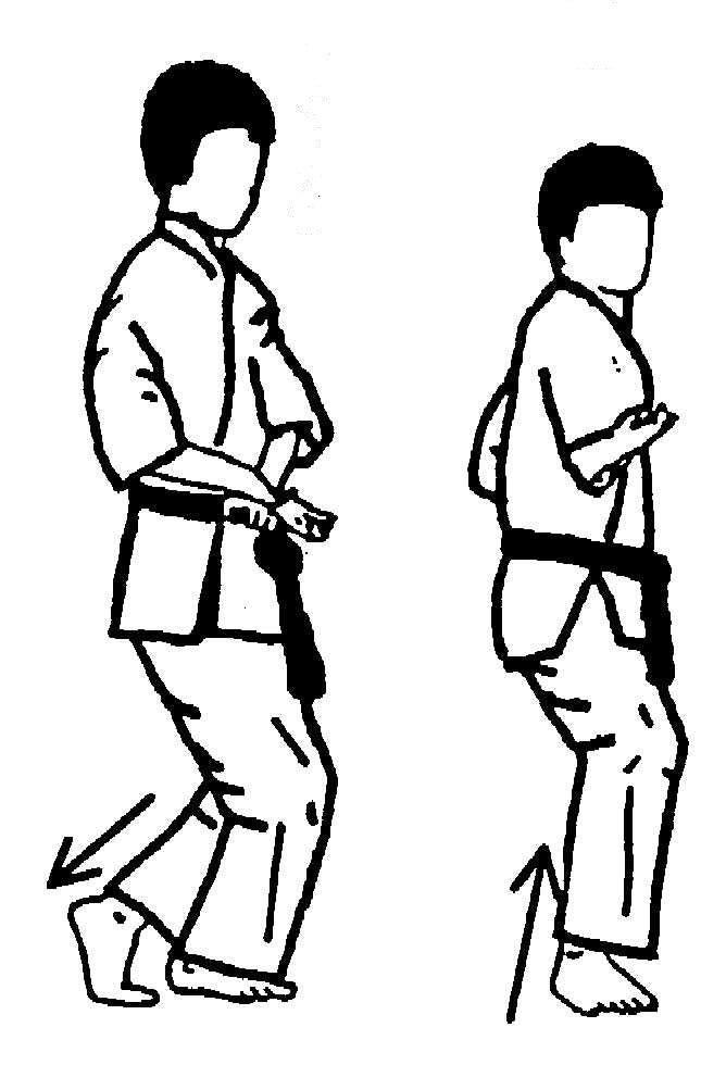 二十四歩 下段手刀交叉受けから背刀打ち