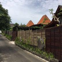 バリ島 木のビィラ …