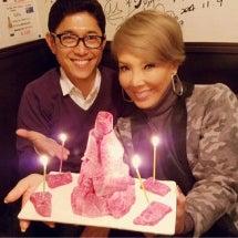 誕生日肉ケーキ