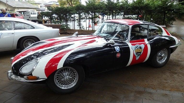 イギリス国旗のジャガー実車
