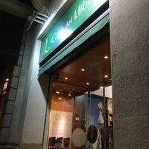 バルセロナの書店を巡…