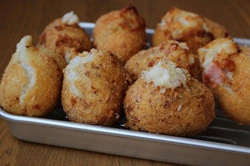 里芋のハムチーズコロッケ02