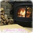 寒い日は、暖炉でほっ…