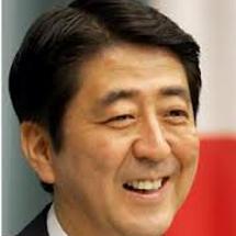 安倍内閣の支持率67…