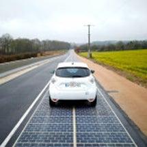 太陽光発電コストは石…