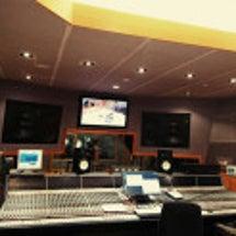 スタジオにて♪