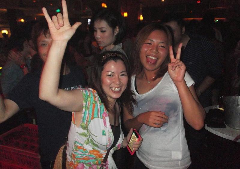 チェンマイ【club・ウォームアップカフェ】へGO♪17