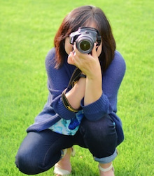 カメラを構えた喜島さん