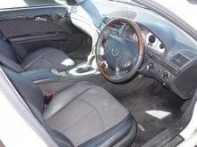 メルセデスベンツ E320 アバンギャルド 運転席