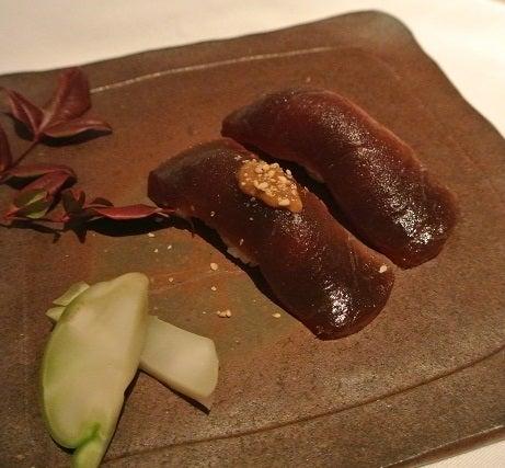 HAL YAMASHITA東京 鮪の漬け握り寿司