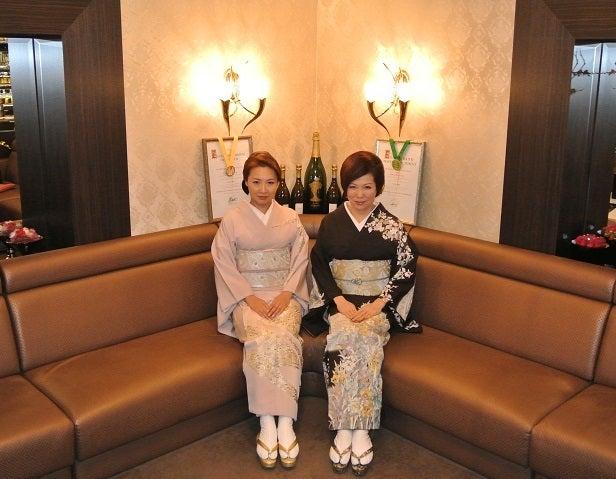 銀座クラブ由美 優香さん&伊藤由美ママ