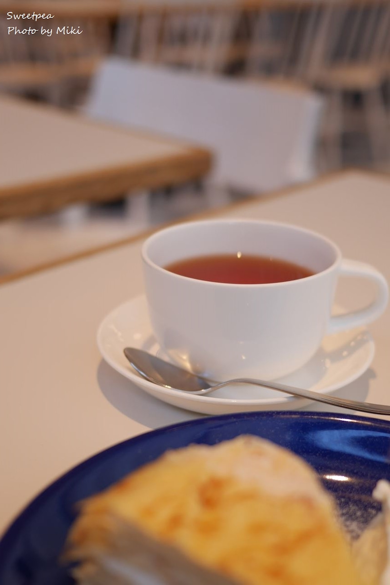 大阪 グランフロント カフェ 北欧 インテリア デザートセット