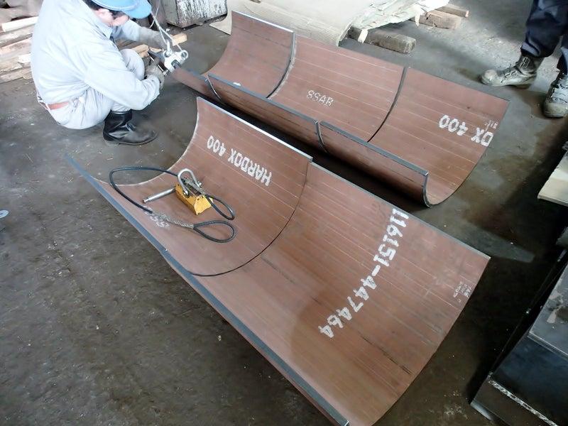 耐磨耗鋼板(HARDOX)のR曲げ加工