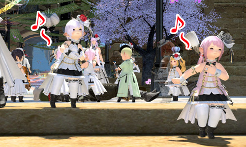 歌い踊るララ子たち