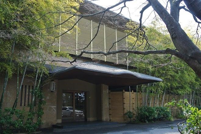 京都 竹茂楼 玄関2