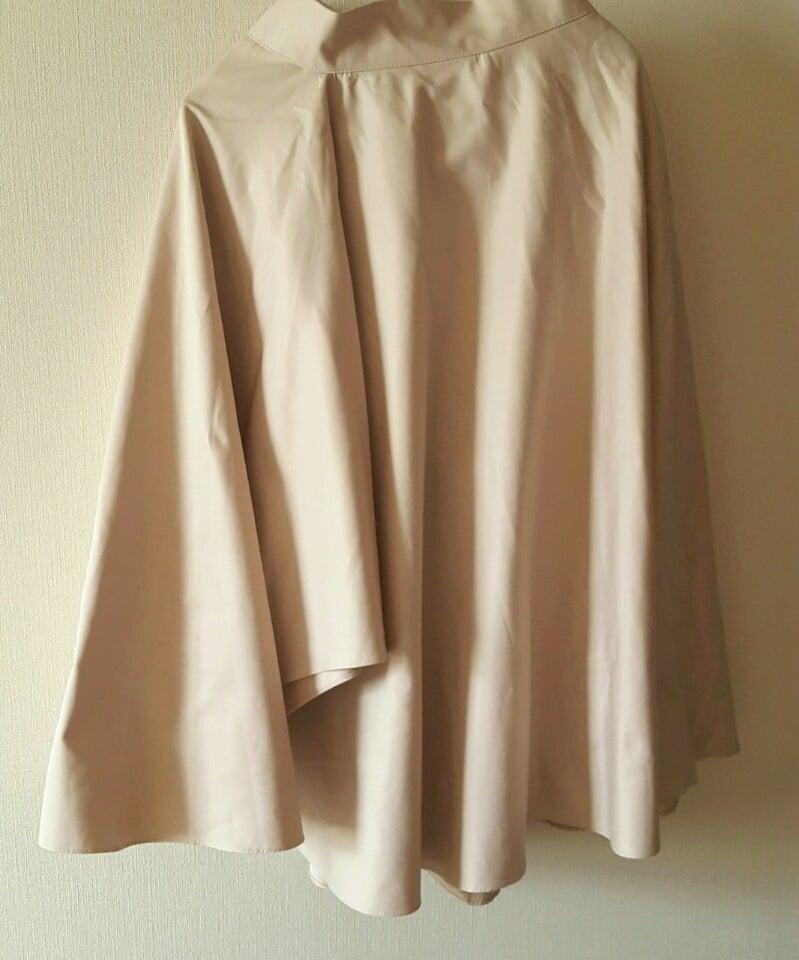 かぼす様 着心地がいいです 夏用の事務服として購入しました。さらっとしてとても着心地がいいです。 さらっとしてとても着心地がいいです。 襟のリボンは清楚な雰囲気でいい感じです。.