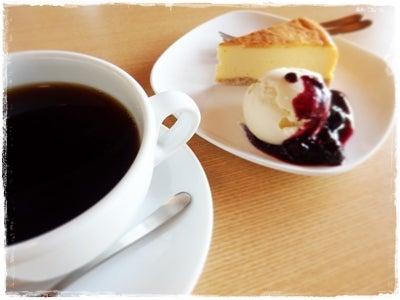 カメイさんのコーヒーとチーズケーキ